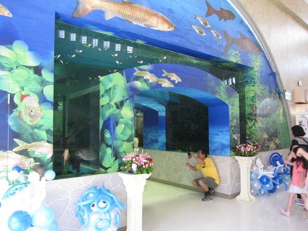 台南景點推薦︱台南東山休息站:吸睛魚隧道,全台唯一