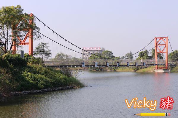 台南官田景點︱葫蘆埤自然生態公園:踏青、野餐好去處,還能欣賞高鐵列車