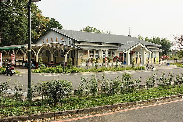 高雄景點︱橋頭糖廠:搭五分車、台灣糖業博物館、太成肉包,糖廍親子餐廳,橋頭一日遊